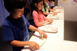 日本Poo Poo展覽, 讓小朋友更了解poo poo的產生過程,形狀變化、分類