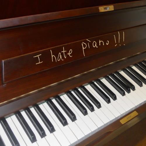 I Hate Piano!
