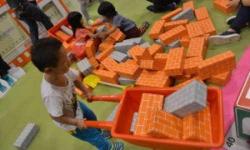 室內玩足一天,「玩」「買」「學」一天精華遊