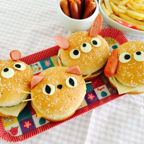 Happy Cook: 小動物健康漢堡餐