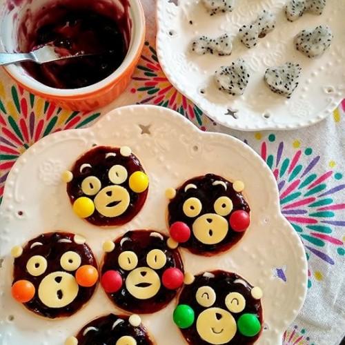Happy Cook:DIY熊本熊藍莓餅