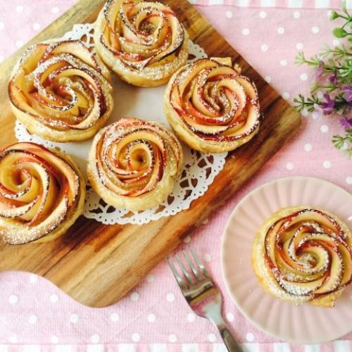 Happy Cook: 送媽媽一朵玫瑰…蘋果批