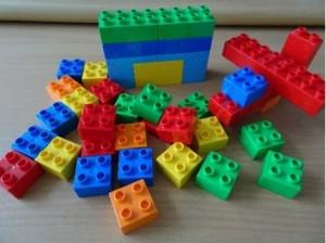 砌積木, 激發孩子創意遊戲