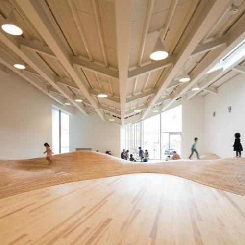 日本創意「山坡」遊戲室