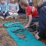 幼兒就地取材, 創作玩意, 執樹枝排長短學數