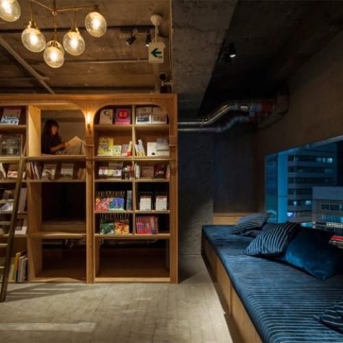 日本「住宿書店」‧親子旅行「瞓書櫃」