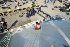 東京都全天候「輪胎」遊樂場, Sir 下輪胎大斜坡