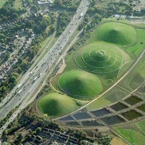 倫敦Northala Fields「四大巨丘」.小朋友「奔跑」樂園
