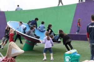 澳洲超級遊樂場,親子通山跑, 飛碟氹氹轉