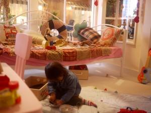 東京「動物餐廳遊樂場」‧親子好玩好食 睡房玩區