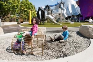 西雅圖的「Artists-at-Play」遊樂場 遊樂設施