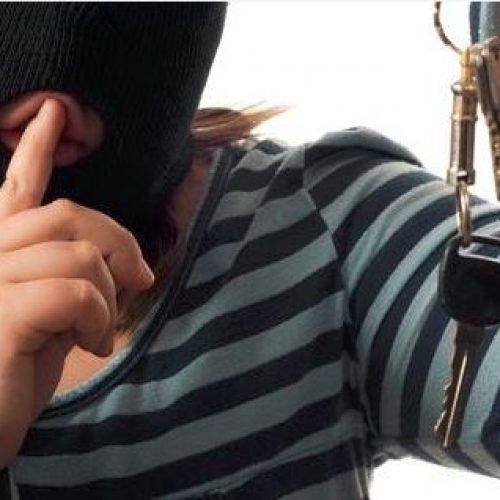 印傭疑配匙行竊 偷僱主20萬「棺材本」