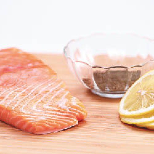 多吃三文魚孕婦減誕哮喘B