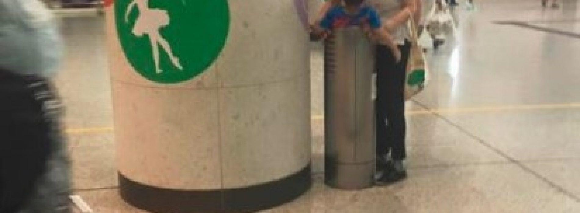 家長塞小孩落垃圾桶懲罰 網民:細路都有自尊