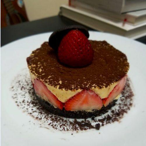 30分鐘‧整個5星級Strawberry cake