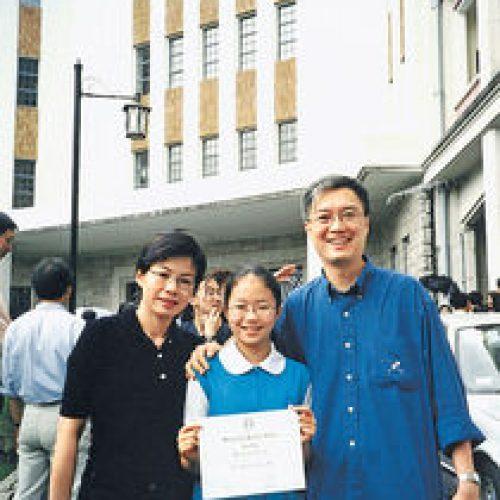 貓爸李純恩 放養成就獨立女兒