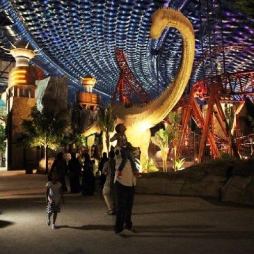 全球最大杜拜室內主題公園 一開幕機動遊戲即壞