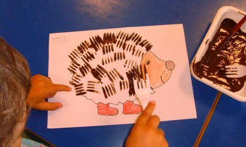 幼兒以「叉」代筆.好玩親子畫作