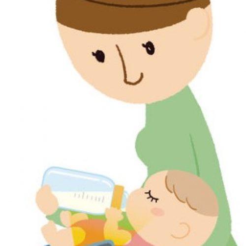 餵奶時低頭玩手機 BB易焦慮