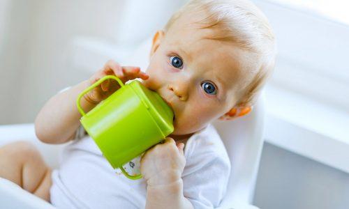 幼兒用吸杯進飲是好是壞?